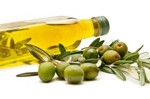 Olive oil from pain in the ear